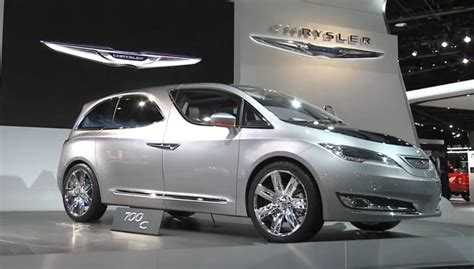Chrysler Town & Country Plugin Van Confirmed For 2016