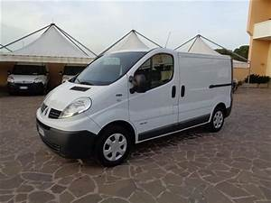Trafic Dci 115 : sold renault trafic 2 0 dci 115 pc used cars for sale autouncle ~ Maxctalentgroup.com Avis de Voitures