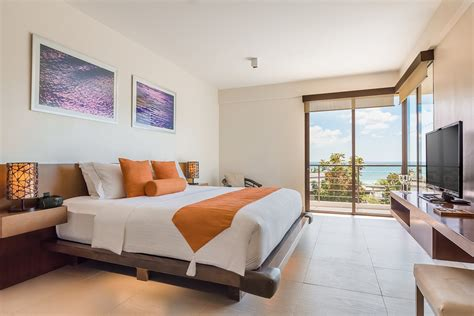 One Bedroom Suite by One Bedroom Suite Premier