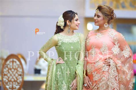 neelum munir  gorgeous   sisters reception stylepk