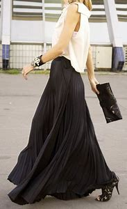Outfits with Long Black Skirt