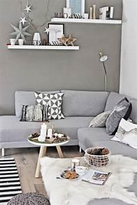 Graue Couch Wohnzimmer : dekoideen wohnzimmer grau ~ Michelbontemps.com Haus und Dekorationen