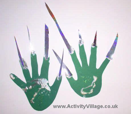 witchs hands