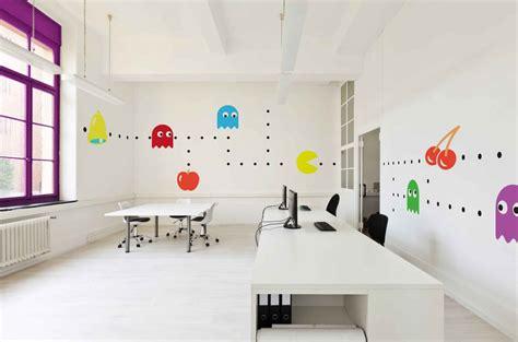 le de bureau originale 8 id 233 es design pour d 233 corer les murs de vos bureaux
