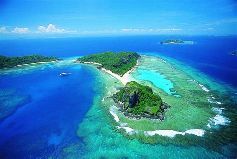 night yasawa islands cruise fiji