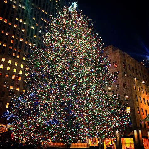 nyc tree lighting 2016 christmas in new york girlslove2travel