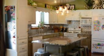 Kitchen remodel   White, green & silver, Lennon granite