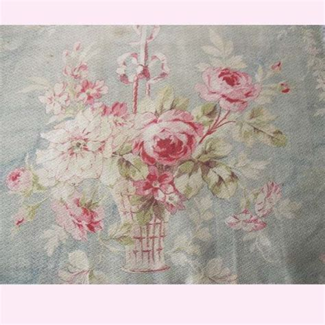 Shabby Chic Stoffe by Rag Rescue Gorgeous Faded Shabby Chic Roses