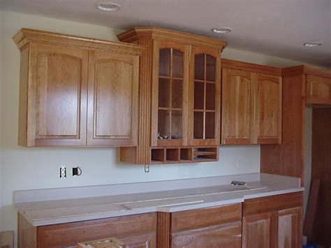 kitchen cabinet crown molding to how to cut crown molding for kitchen cabinets ehow uk