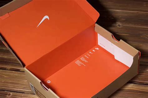 OFF WHITE Nike VaporMax Packaging Details   SneakerNews.com