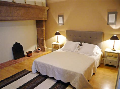 chambre d hote sulpice chambre d 39 hôtes tomfort à figeac dans le lot chambre