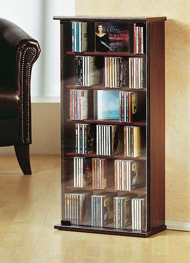 cd regal kernnussbaum vitrine f 252 r 150 cds in verschiedenen ausf 252 hrungen wohnzimmer brigitte hachenburg