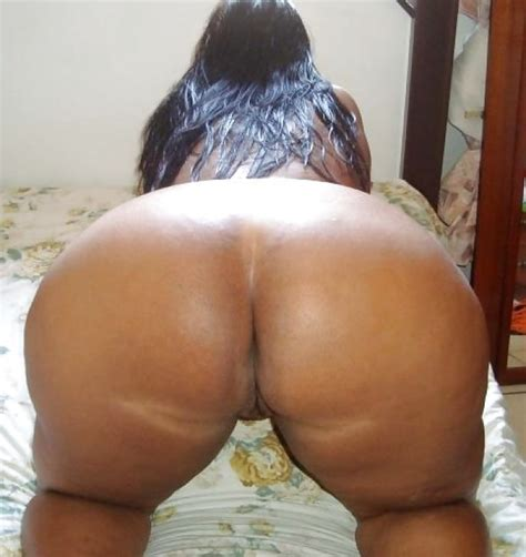 Amateur porn: Big Booty Brazilian Milf..