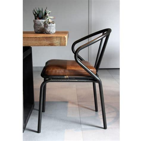 chaise simili cuir gris drawer poigne en cuir pour meuble le dtail qui