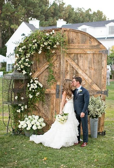 35 rustic door wedding decor ideas for outdoor country weddings deer pearl flowers
