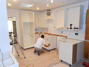 Kitchen installation 28 images kitchen fitter 28 for Kitchen furniture fitter jobs