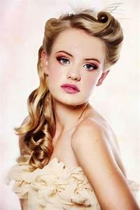 19 Fascinating Bridal Hairstyles