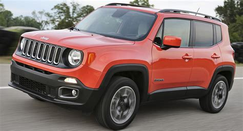 jeep renegade 2018 2018 jeep renegade gains an updated interior and new standard equipment carscoops