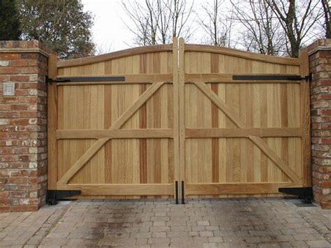 irresistible wooden gate designs  adorn  exterior