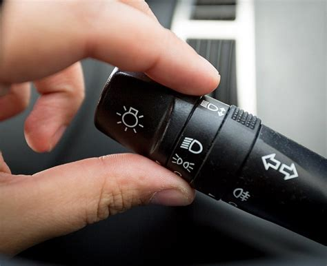 turn on light how to turn on fog lights in less than 10 seconds for newbie