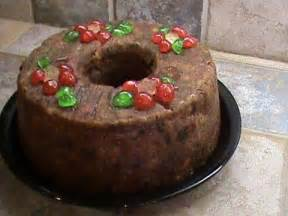 Old-Fashioned Rum Cake with Fruit