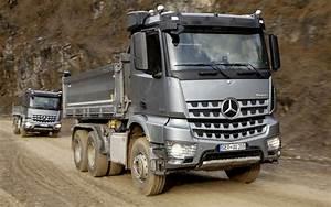 Mercedes Benz Arocs : mercedes benz arocs truck news acurazine acura ~ Jslefanu.com Haus und Dekorationen