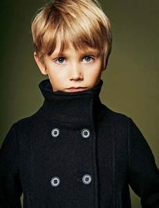 Frisur Kleinkind Junge : die besten 25 frisuren f r jungen ideen auf pinterest junge frisuren junge haar und ~ Frokenaadalensverden.com Haus und Dekorationen