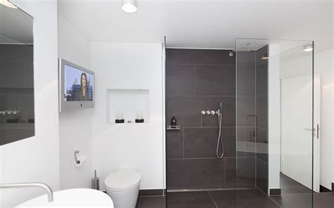 Moderne Badezimmer Flisen by Moderne Badezimmer Fliesen Grau Mrajhiawqaf