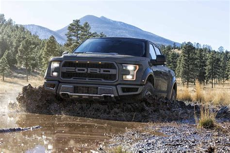 ford truck new trucks or pickups pick the best truck for you ford com