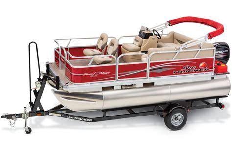 Usaa Boat Loan Reviews by Sun Tracker Boats Fishing Pontoons 2015 Bass Buggy 16