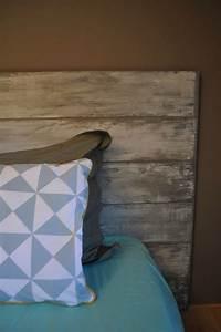 Planche De Bois Vieilli : id e t te de lit en planches de bois vieilli ton blanc aurelie hemar bricolage pinterest ~ Mglfilm.com Idées de Décoration