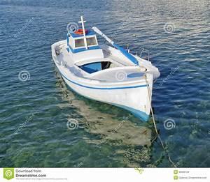 Destockage Petit Bateau En Ligne : petit bateau de p che mer de turquoise image stock ~ Dailycaller-alerts.com Idées de Décoration