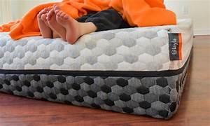 memory foam vs mattress differences benefits