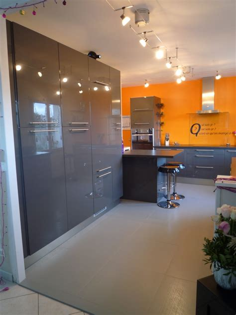 les cuisines de claudine quel couleur pour une cuisine moderne