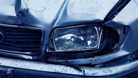 Pirmdien 114 avārijās cietuši seši cilvēki - DELFI