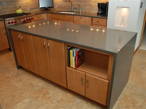 Kitchen In Wordreference by Countertops With Dramatic Waterfall Edge Wordreference