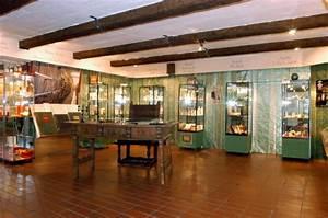 Colonia Haus Köln : het duftmuseum im farina haus in keulen ~ Markanthonyermac.com Haus und Dekorationen