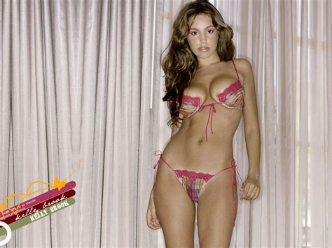 Hd Wallpapers Of Hot Babes Hollywood Actress I Beautiful Girls Bikini Model Photos Santabanta