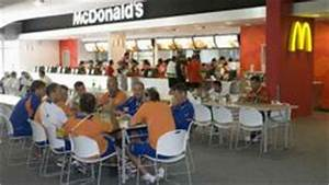 McDonald's Rewards Best Employees With Opportunity to be ...
