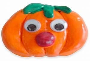 Tete De Citrouille Pour Halloween : aimant citrouille halloween tete a modeler ~ Melissatoandfro.com Idées de Décoration