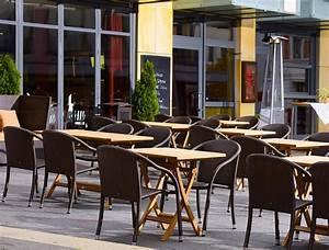 Teakholz Gartenmöbel Pflege : zebra klapptisch poker 10 gr en teakholz gartenm bel art jardin ~ Frokenaadalensverden.com Haus und Dekorationen