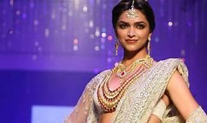 10 Fashion tips to dress smart this Diwali! India