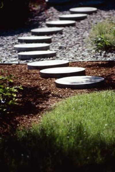 cheapest ways  building pavestone pathways