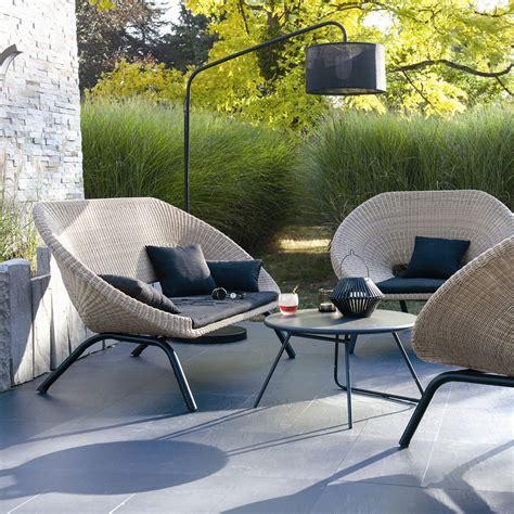 un canape mobilier de jardin le mobilier de jardin tendance pour