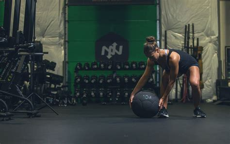 ball medicine workouts beginner advanced exercises onnit athletes academy amazing recipes