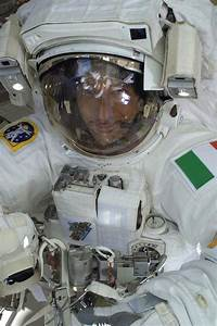 Astronomy and Space News - Astro Watch: Astronaut Nearly ...