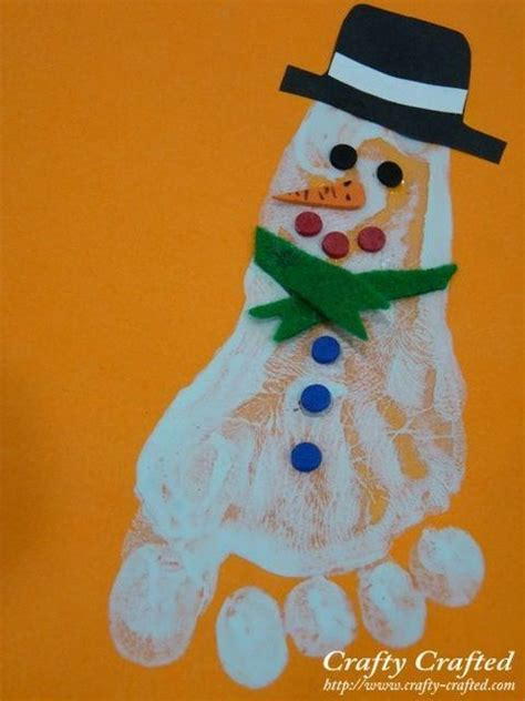 cute  fun christmas handprint  footprint art