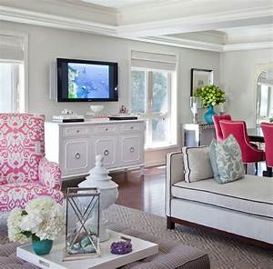 13 sweet additions for your living room best friends for With blue pink living room ideas