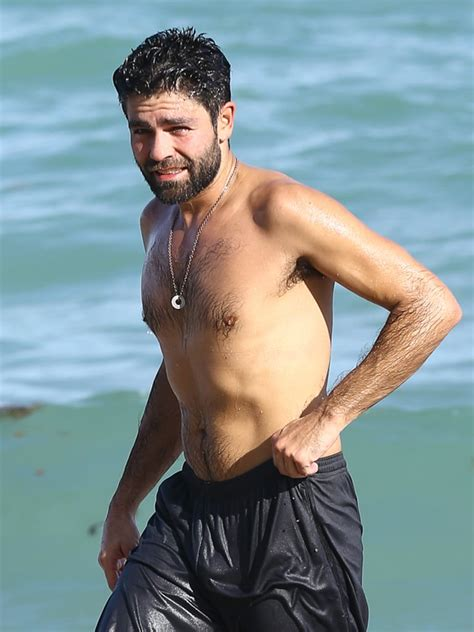 Adrian Grenier Shirtless At The Beach In Miami December