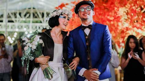 kebaya  konde gaun pengantin  jaket kulit